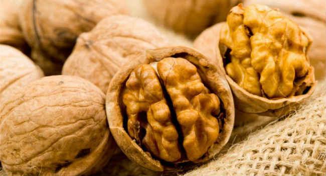 грецкие орехи-польза-состав-вред