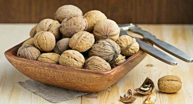грецкие орехи-польза-вред