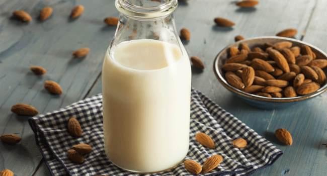 миндальное молоко-свойства-польза