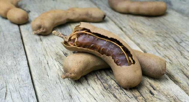 тамаринд-полезные свойства и применение в кулинарии
